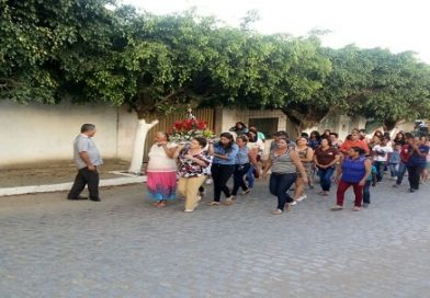 Abertura da Festa de Nossa Sra Aparecida na Vila da Barragem